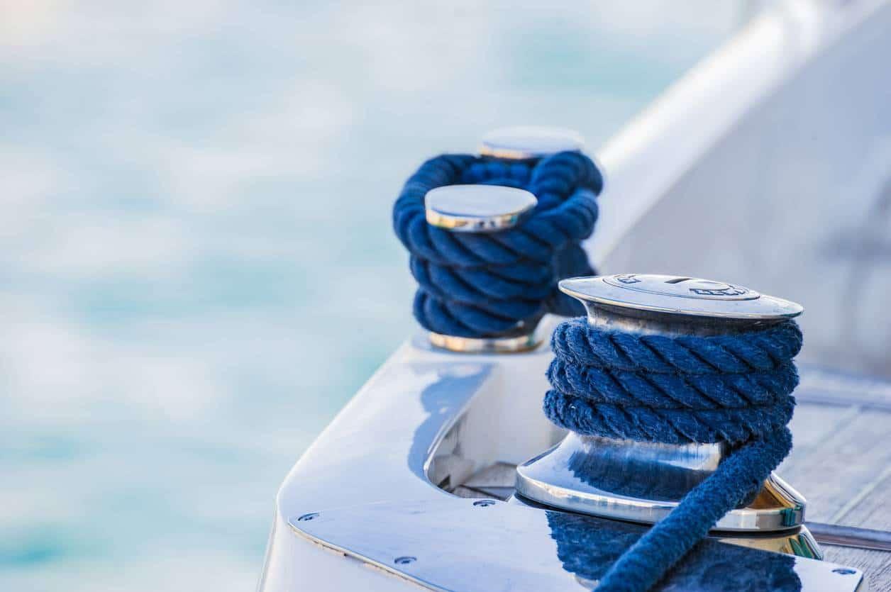 amarrage bateau ponton